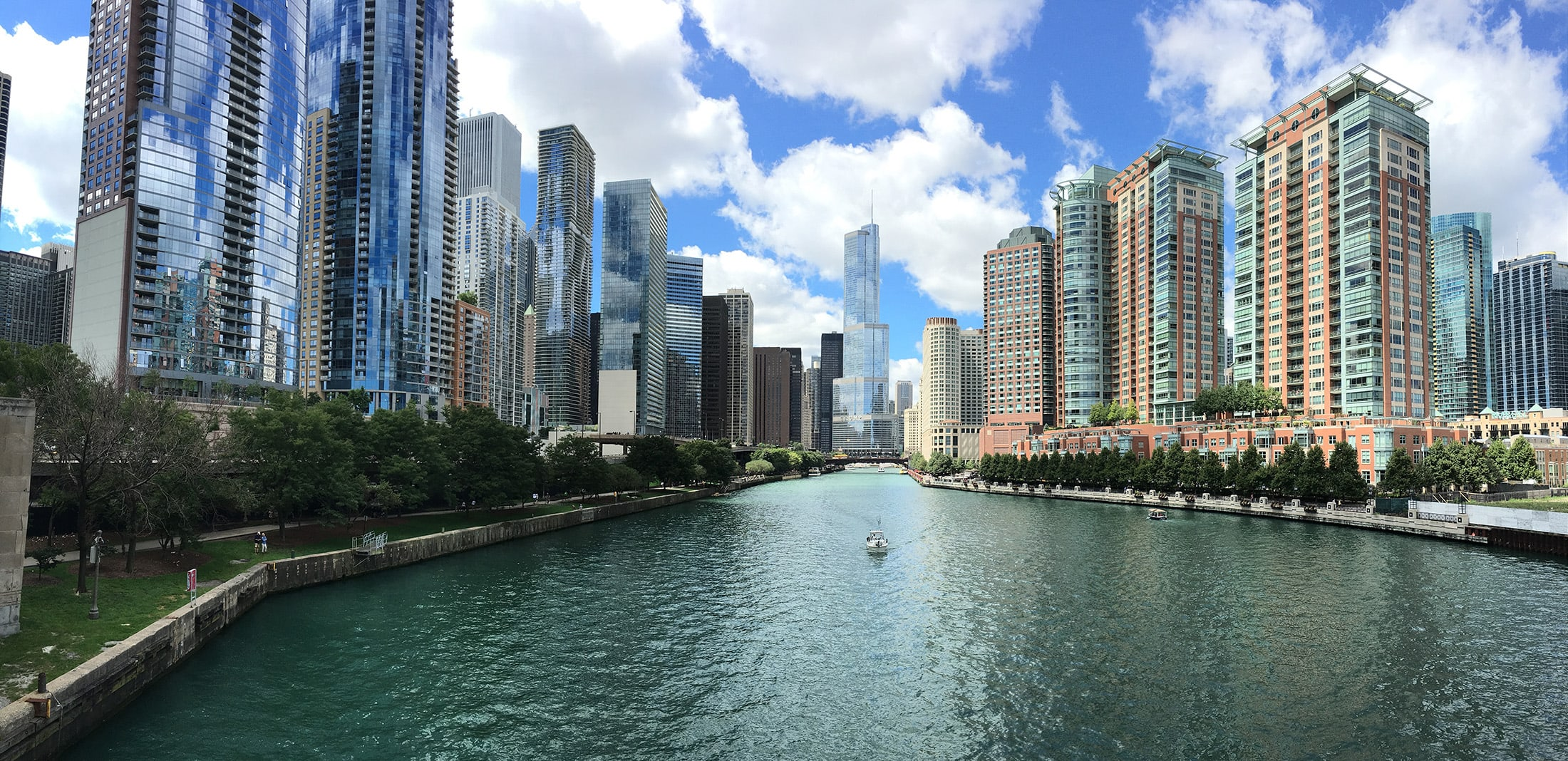 Chicago river background image